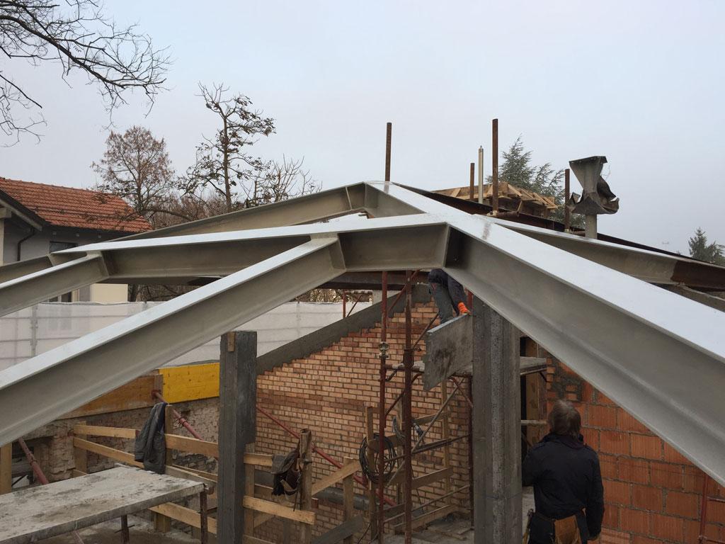 nuova copertura acciaio legno su edificio esistente